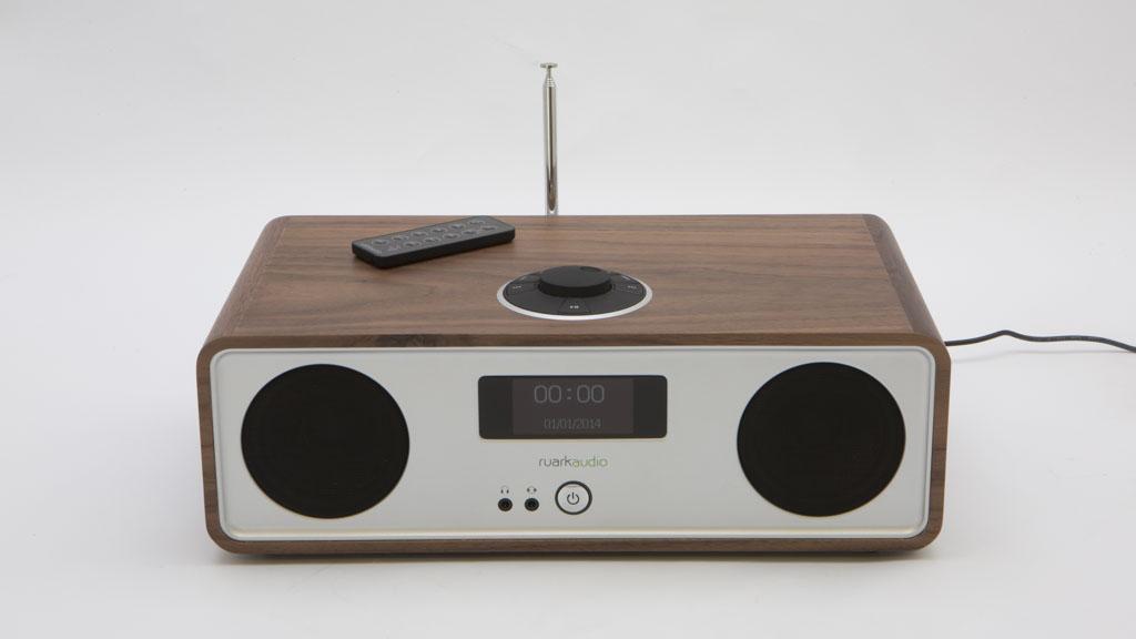 ruark audio r2 mk3 digital radio reviews choice. Black Bedroom Furniture Sets. Home Design Ideas