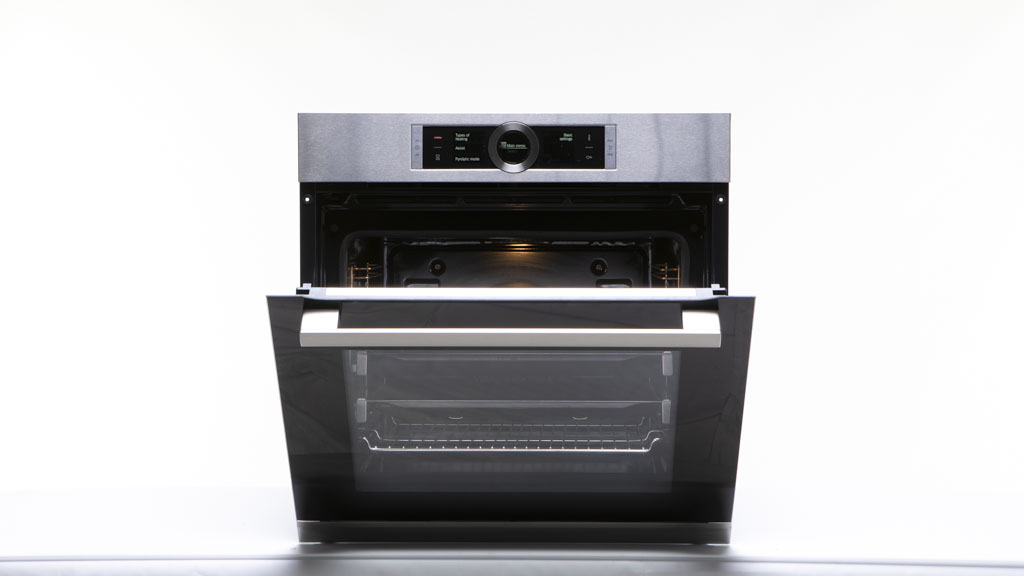 Bosch 60cm Serie 8 Electric Built In Pyrolytic Oven Hbg6767s1a