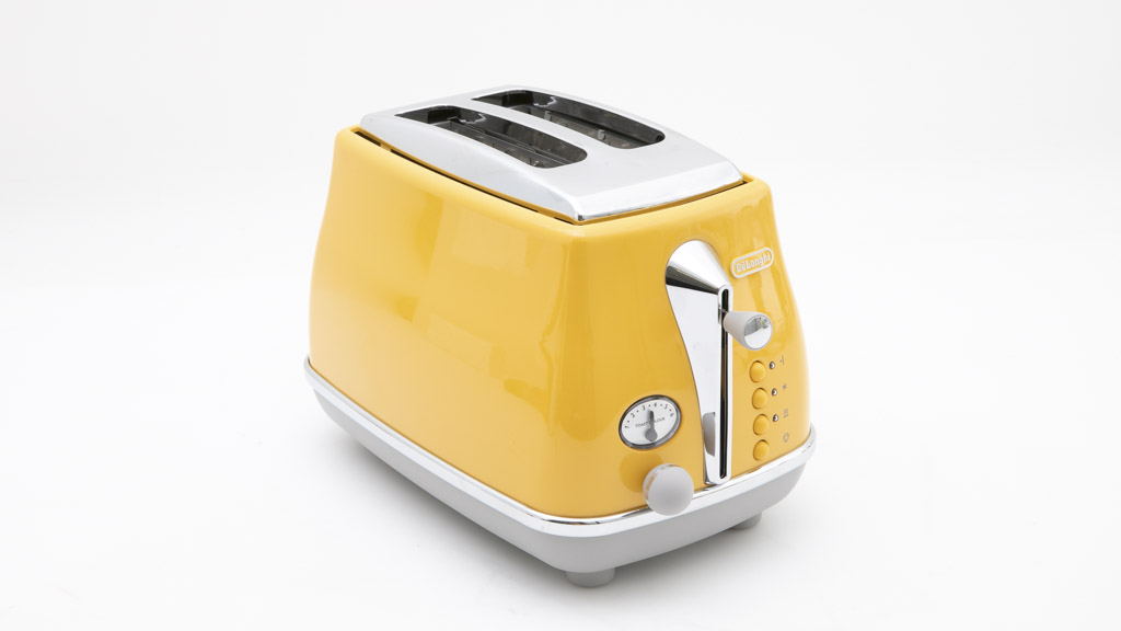 DeLonghi icona Capitals 2 Slice Toaster CTOC2003.Y carousel image