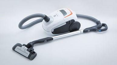 electrolux ultra silencer animal care zus4065pet vacuum cleaner reviews c. Black Bedroom Furniture Sets. Home Design Ideas