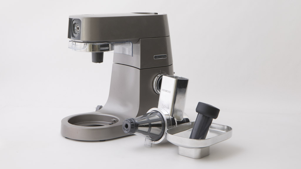 Kenwood Slow Juicer Reviews : Kenwood Fruit Press KAX644ME (attachment only) - Juicer reviews - CHOICE