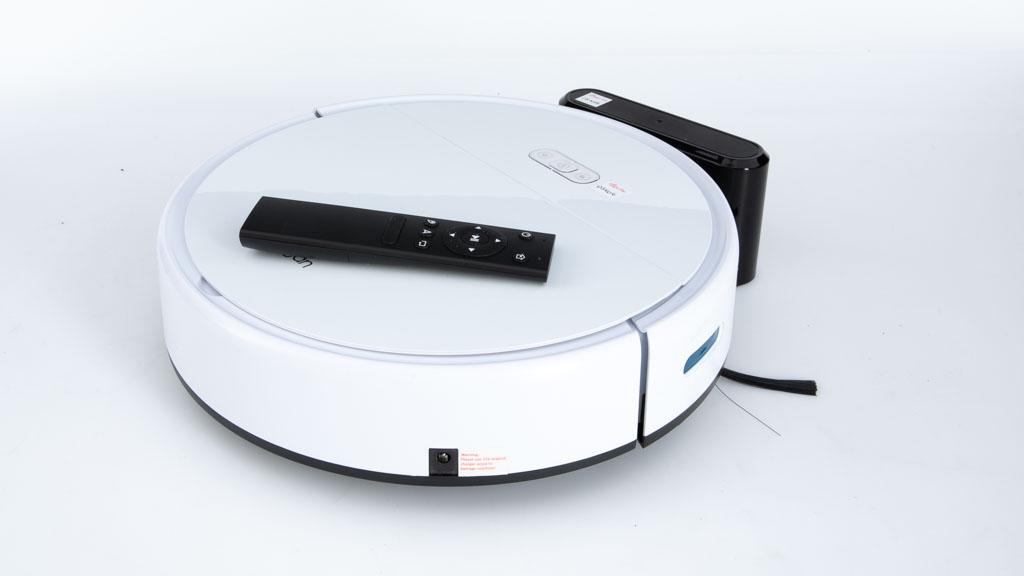 Kogan SmarterHome™ G60 Robot Vacuum Cleaner with Mopping Function KAVACRBG60A carousel image