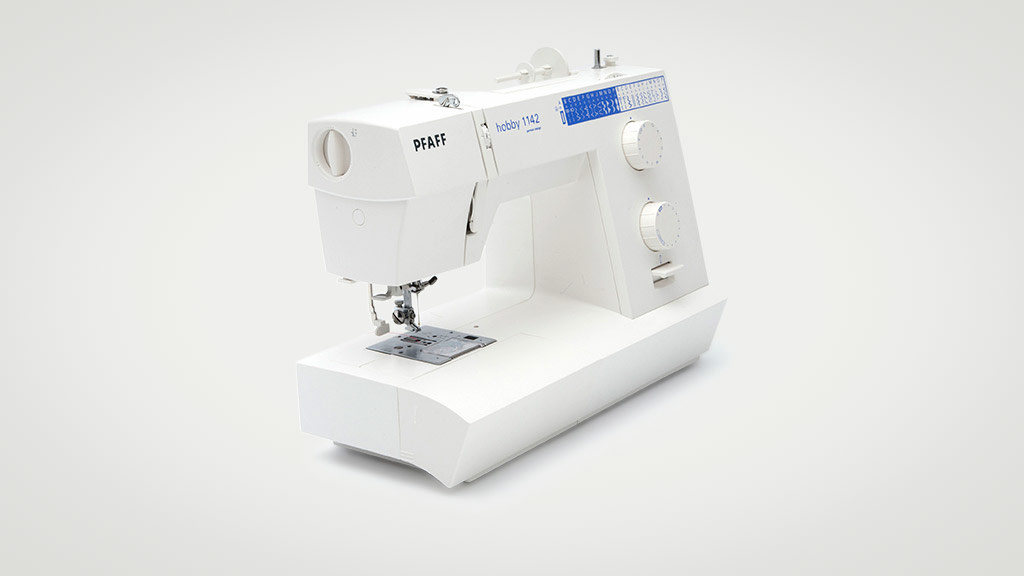 Pfaff Hobby 1142 sewing machine
