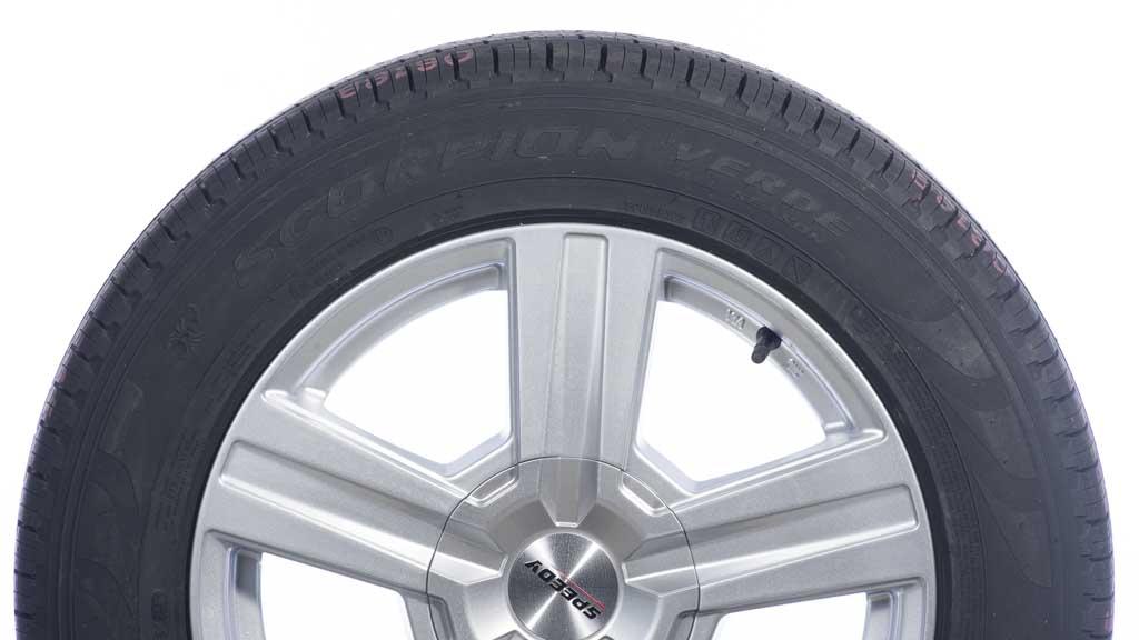pirelli scorpion verde all season 225 60r17 suv car tyre. Black Bedroom Furniture Sets. Home Design Ideas