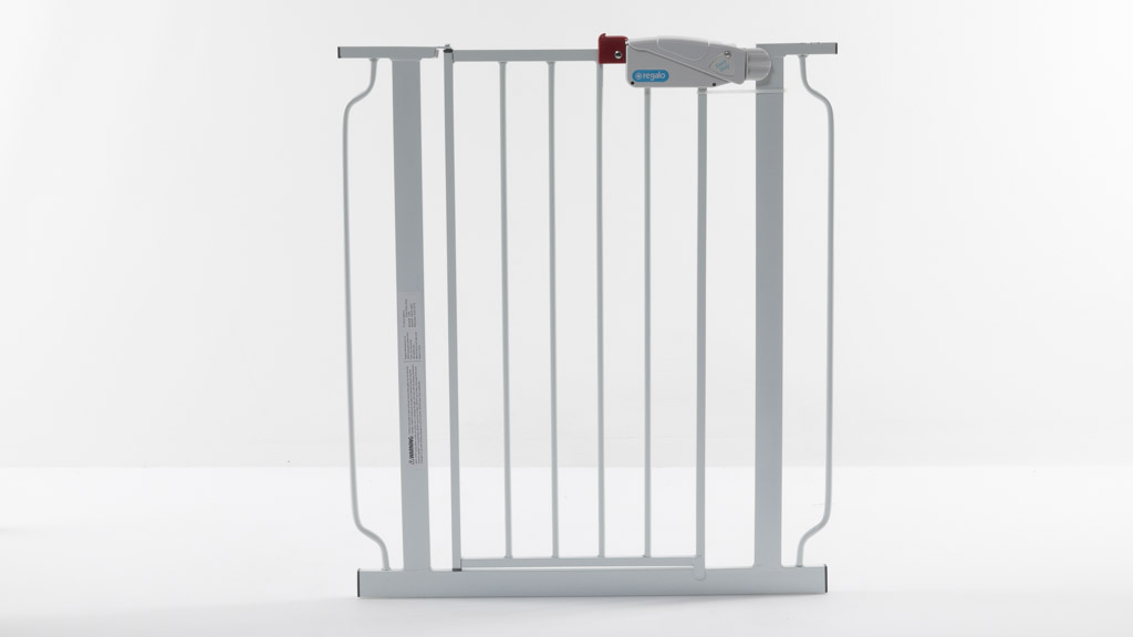 Regalo Easy Step Metal Walk-Through Safety Gate 1160DS carousel image