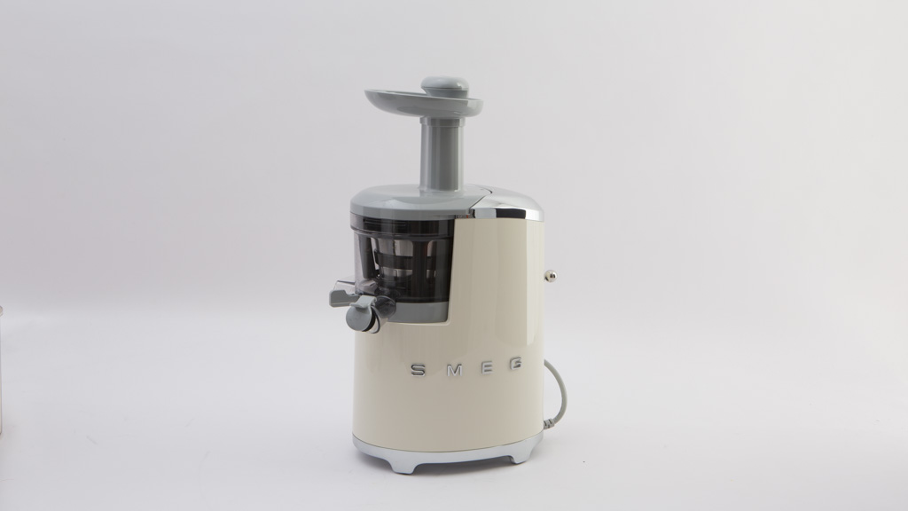 Smeg SJF01 - Juicer reviews - CHOICE