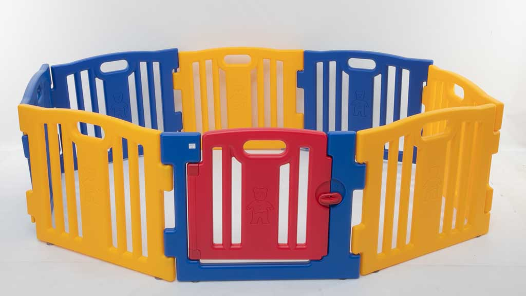 Tobbi Playpen with 8 panels and gate TH17W0352 carousel image